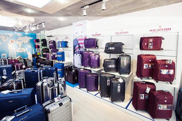 Bật mí 5 Cửa Hàng Mua Vali kéo Chính Hãng, Giá Tốt nhất 2020 8