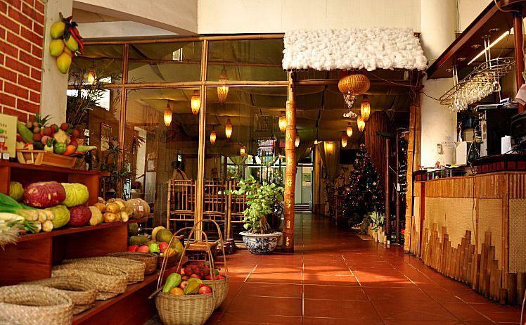 Nhà hàng Ngoại Ô
