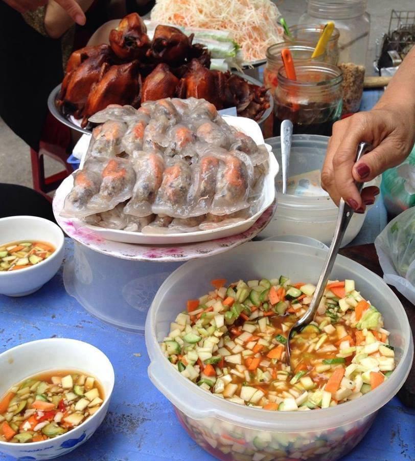 Bánh bột lọc chợ Đồng Xuân