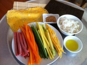 Cách làm cơm cuộn Hàn Quốc-1