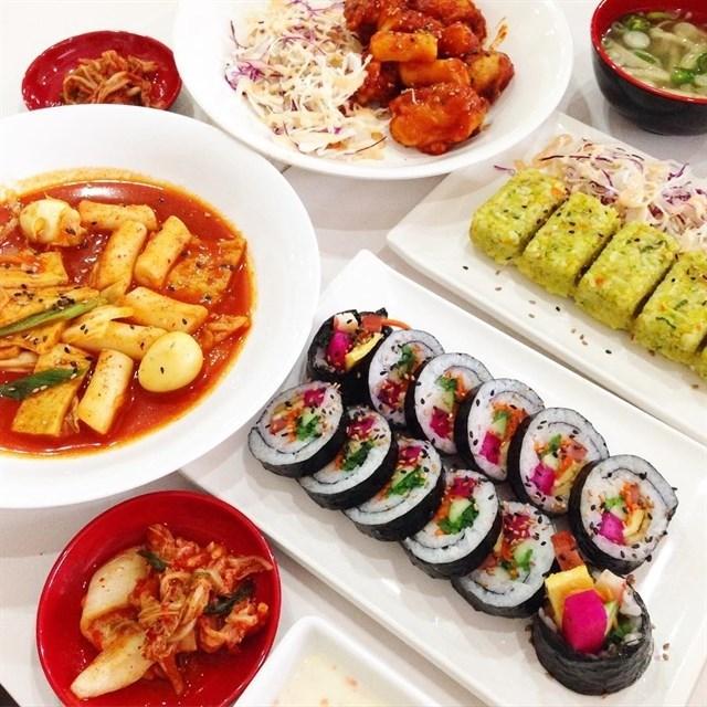 Hanuri quán ăn Hàn Quốc 1