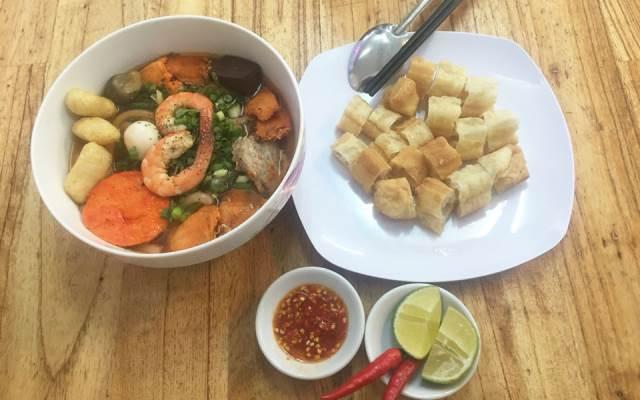 bánh canh cô diệu-quán ăn ngon ở Phú Nhuận