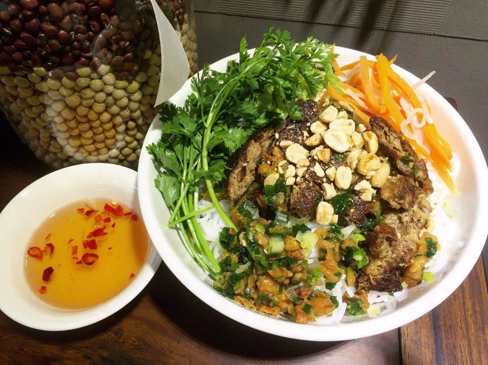 Bếp chay Phạm Hồng Phước 2