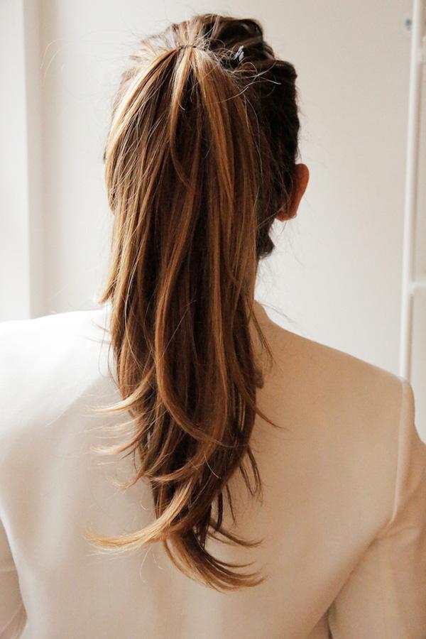 các kiểu cột tóc đơn giản dễ thương