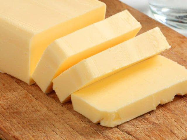 cách làm bơ từ sữa tươi