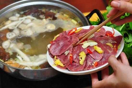 Cách nấu lẩu bò Sài Gòn 3