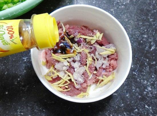 Cách nấu lẩu bò Sài Gòn 4