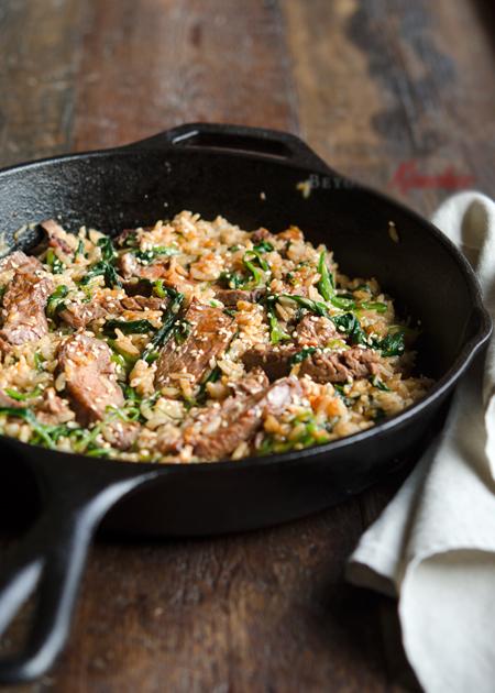 cơm trộn thịt bò cải bó xôi