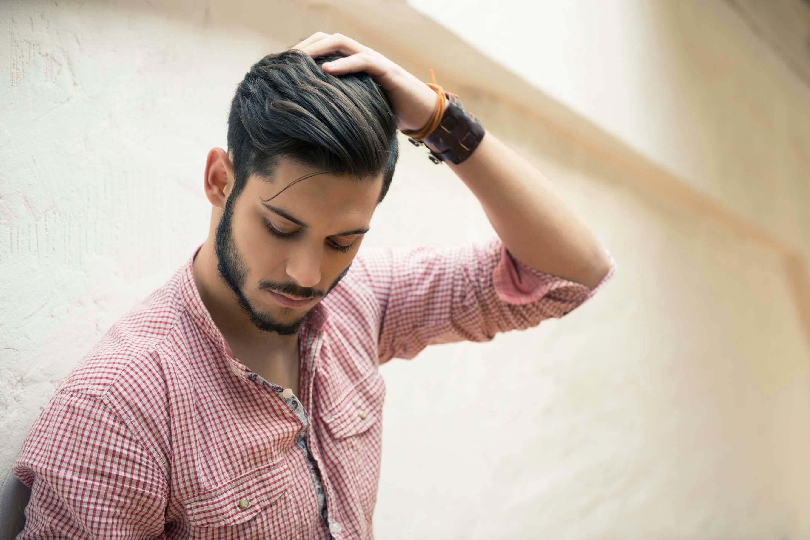 Kiểu tóc hợp với khuôn mặt dài gầy của nam
