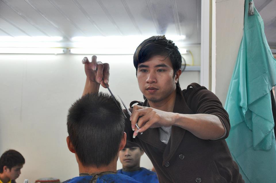 Tiệm cắt tóc Tiến Đạt Hair Salon