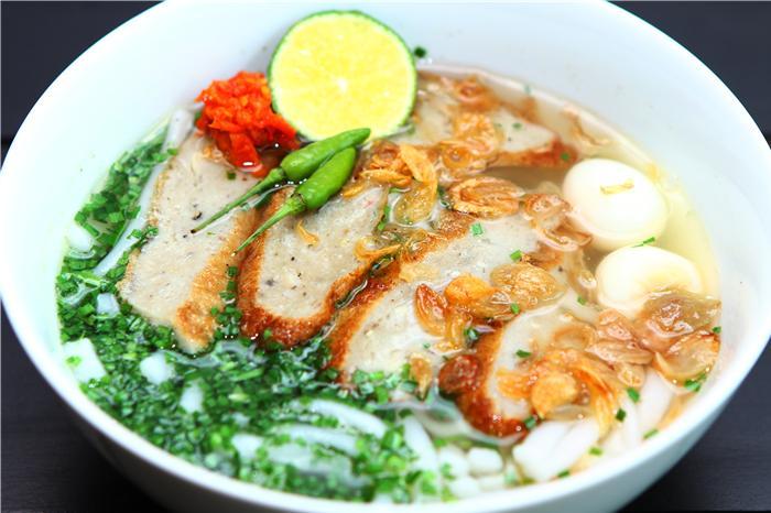 Bánh canh chả cá - món ăn mang đậm hương vị Việt