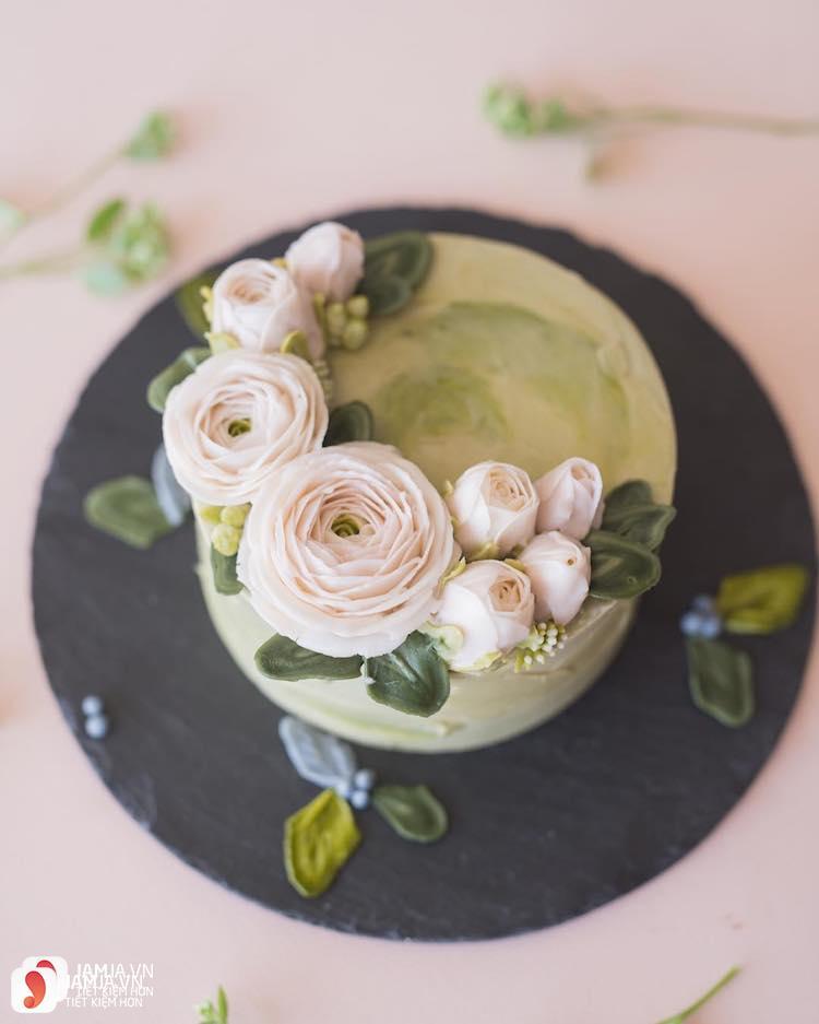 Bánh kem hoa cỏ