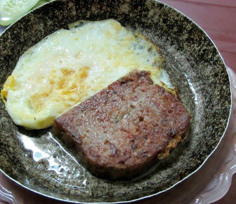 Cách làm bánh mì pate trứng 8