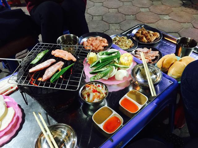 Địa chỉ ăn nầm lợn nướng siêu ngon-1