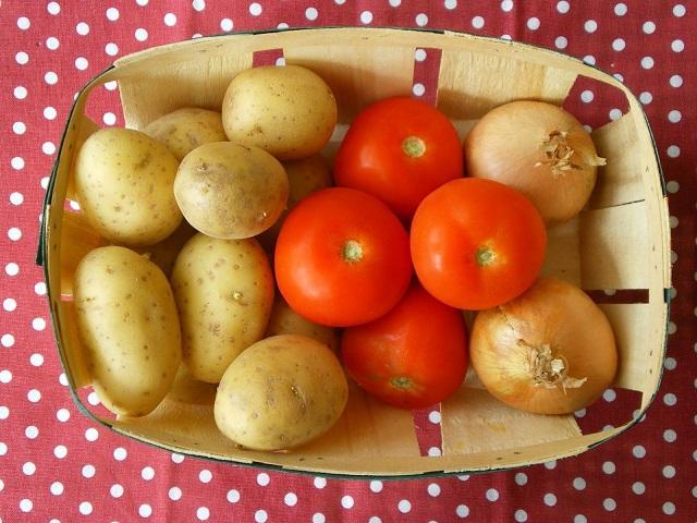 Khoai tây và cà chua có kỵ nhau hay không-1