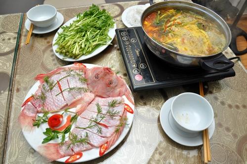 Nguyên liệu cách nấu lẩu cá chua cay-2