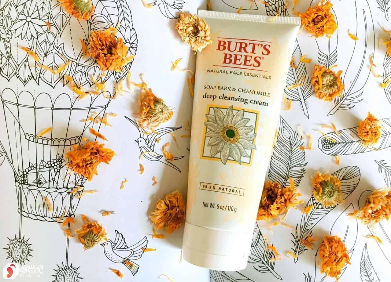 Sữa rửa mặt tốt nhất thế giới Burt's bees soap bark & chamomile deep cleansing cream
