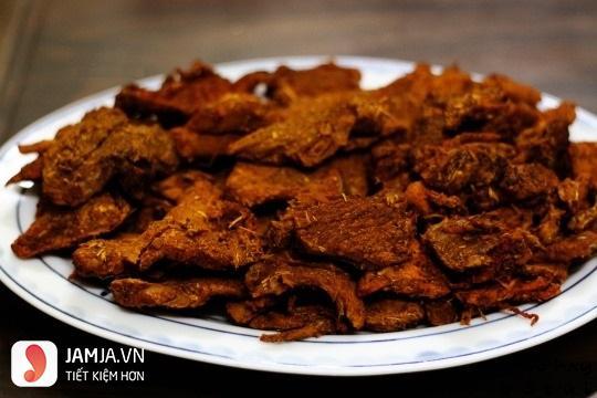 Cách làm thịt lợn giả bò khô với gia vị bò khô bằng lò vi sóng