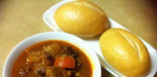 cách nấu bò sốt vang ăn bánh mì