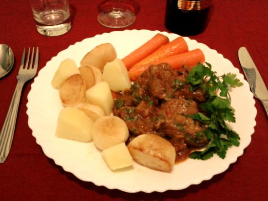 Cách nấu bò sốt vang kiểu Pháp-1