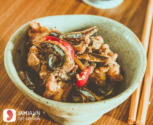 Cách nấu cá cơm khô kho tiêu-2