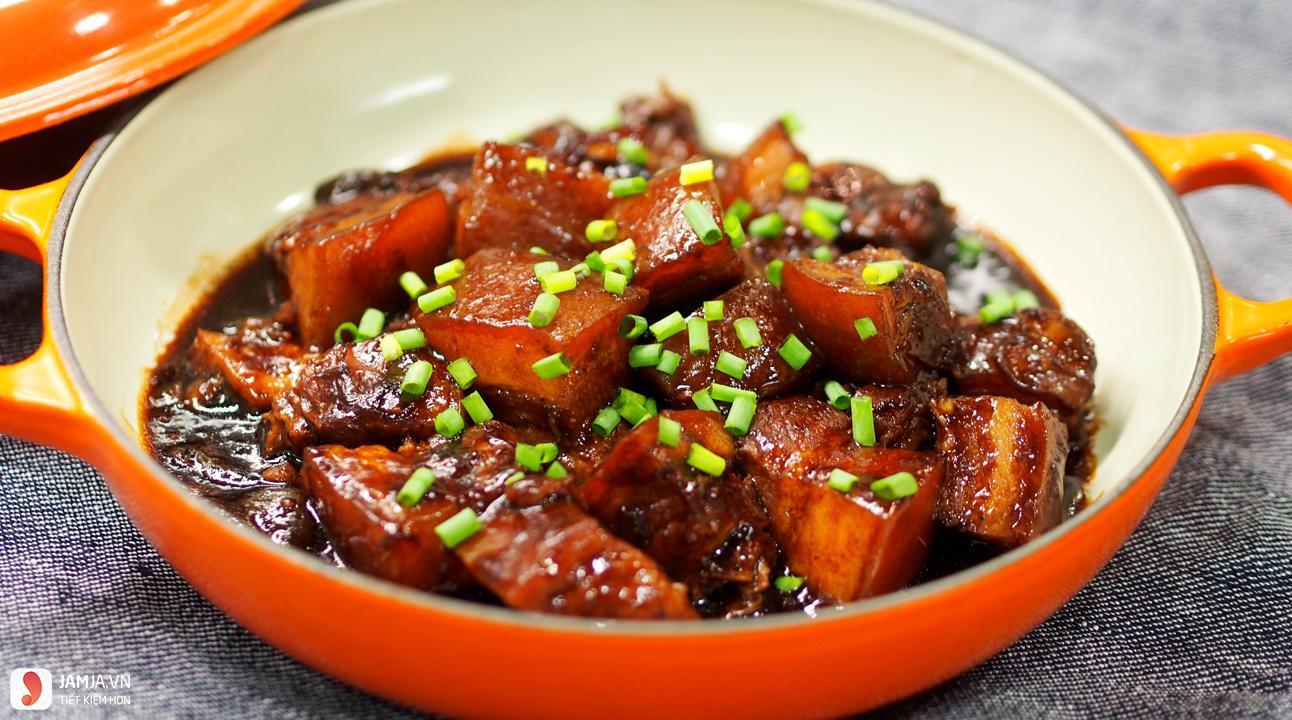 thịt lợn nấu chua ngọt