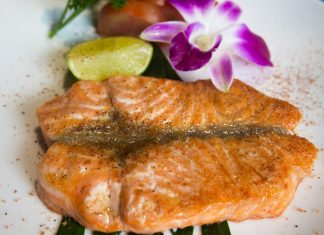 Cách nướng cá bằng lò vi sóng