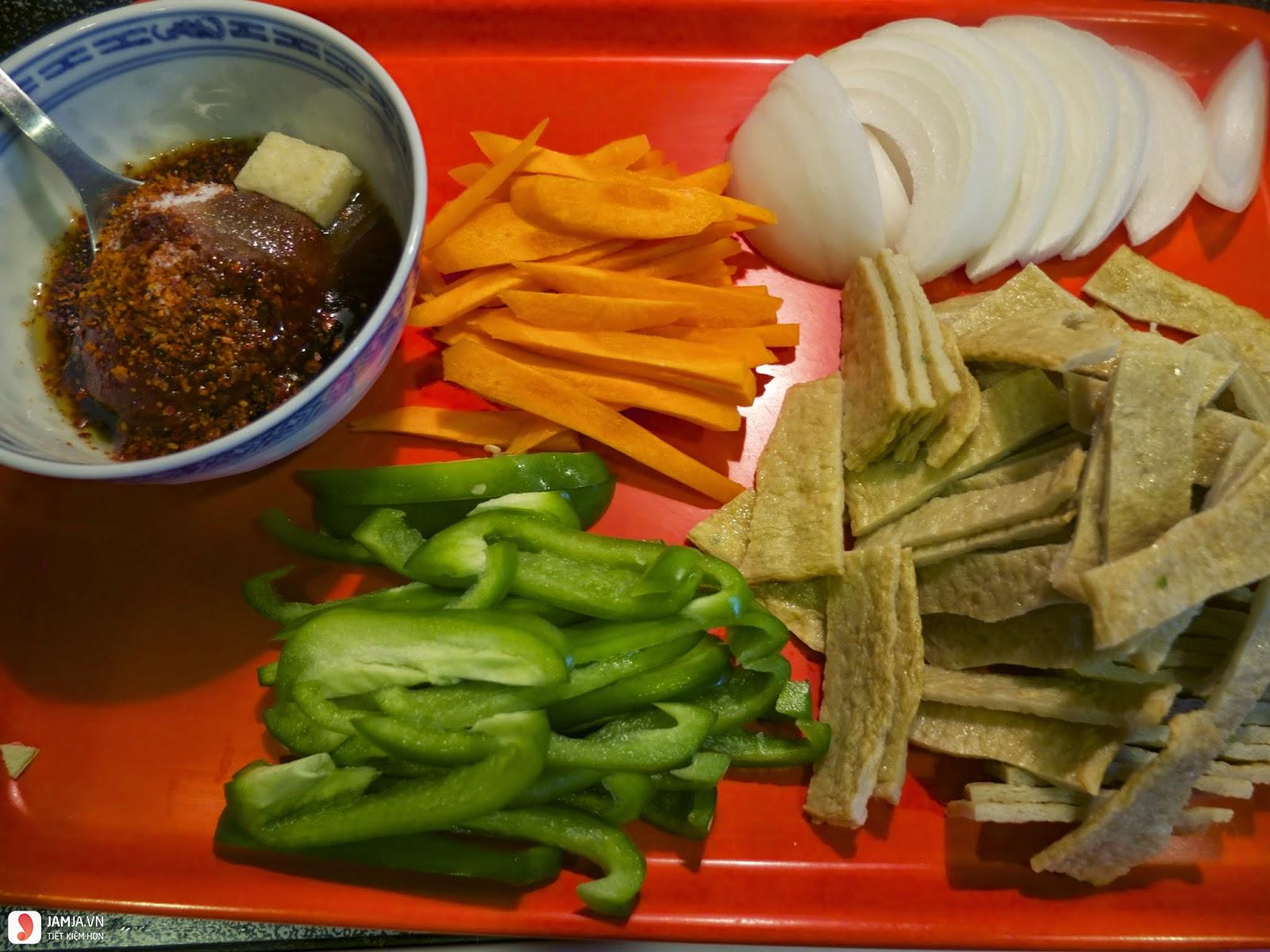 Cách làm chả cá Hàn Quốc xào cay-1