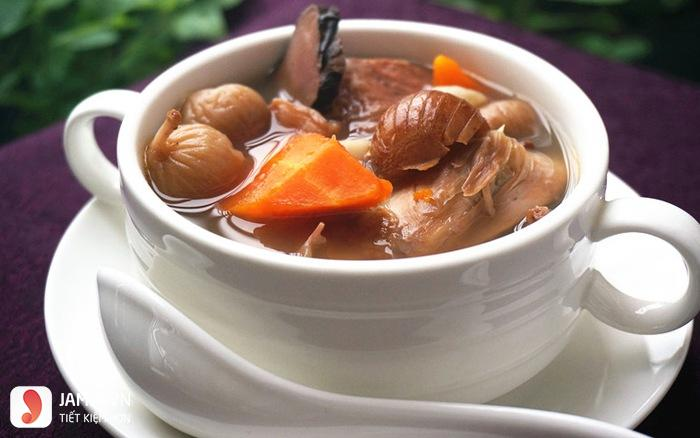 giá trị dinh dưỡng thịt lợn hầm thuốc bắc