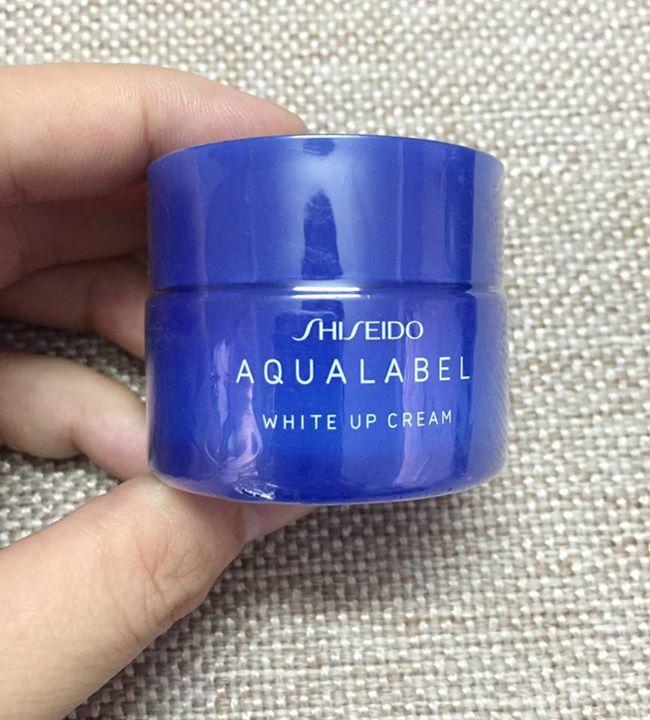 Review kem dưỡng da Shiseido Aqualabel -2