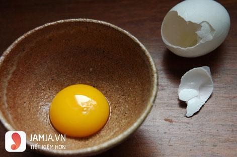 mặt nạ lòng đỏ trứng gà trị mụn-2