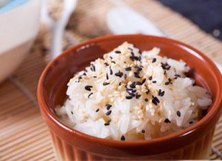 nấu xôi trắng nước cốt dừa