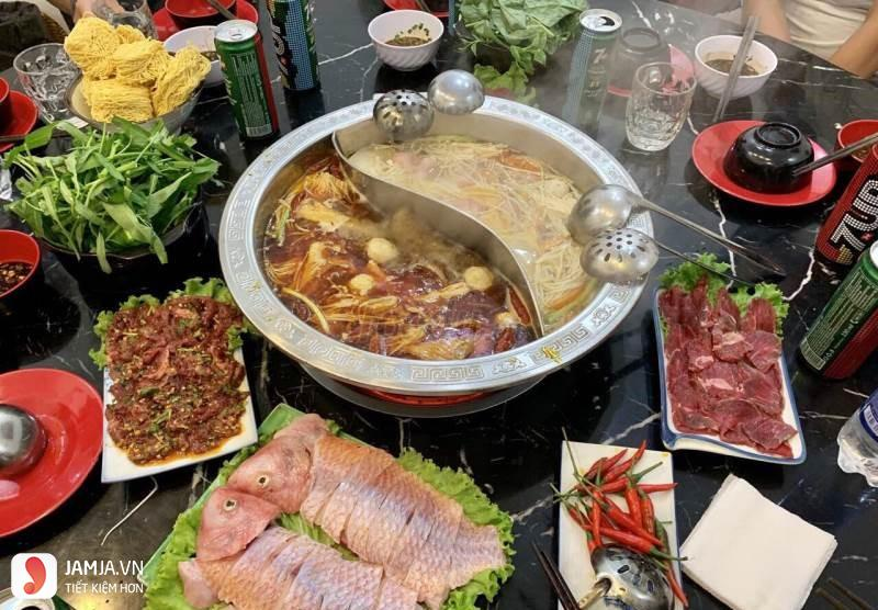Đồ ăn ở Nhà hàng Lẩu Tứ Xuyên