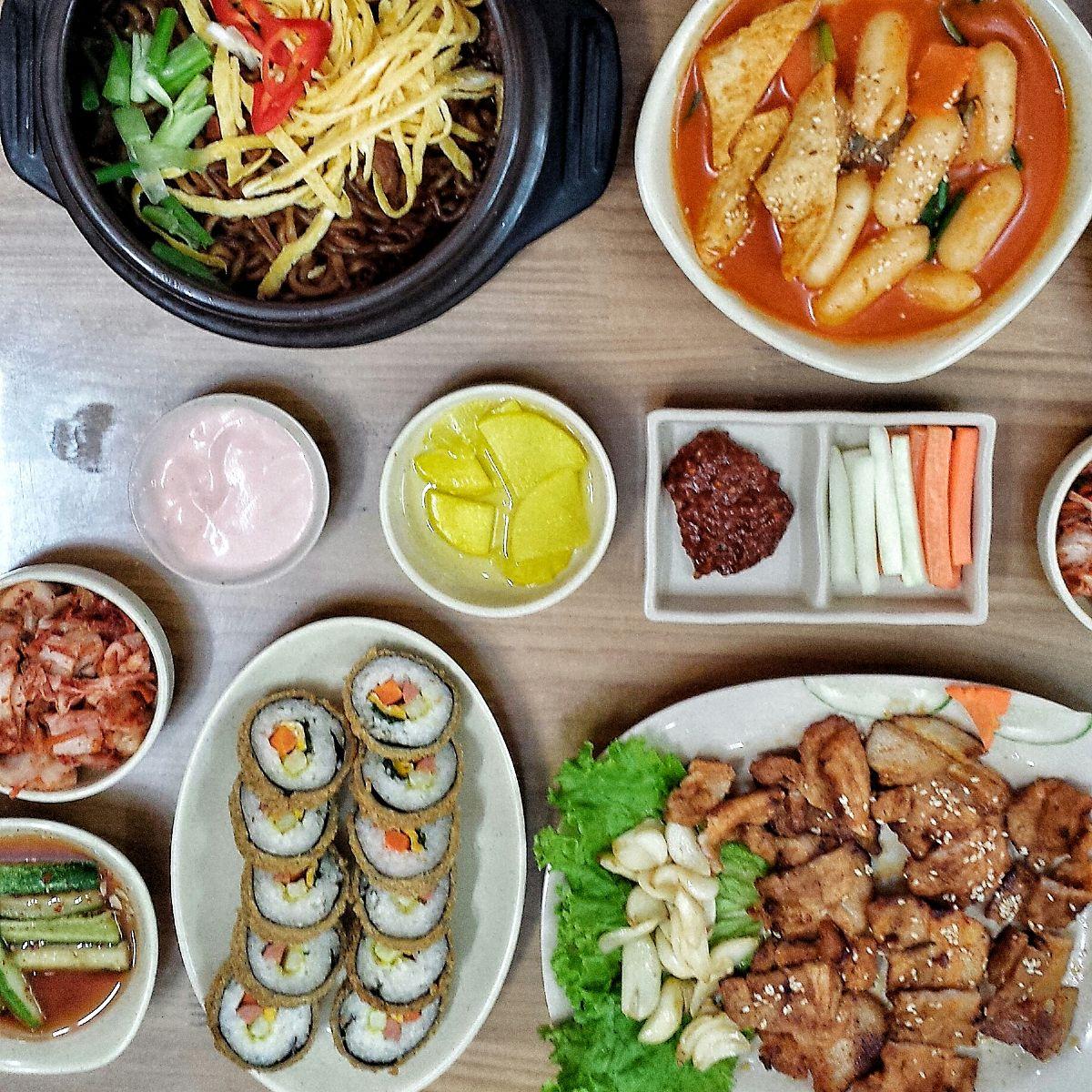 Quán Zé Food