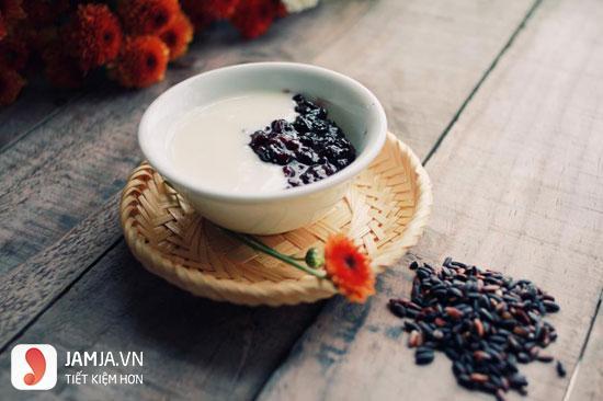 Sữa chua nếp cẩm tốt cho hệ tiêu hóa