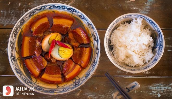 cách nấu thịt kho tàu với trứng cút-6