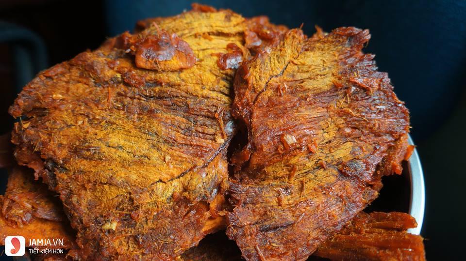 Thịt lợn giả bò khô vị sa tế cay nồng
