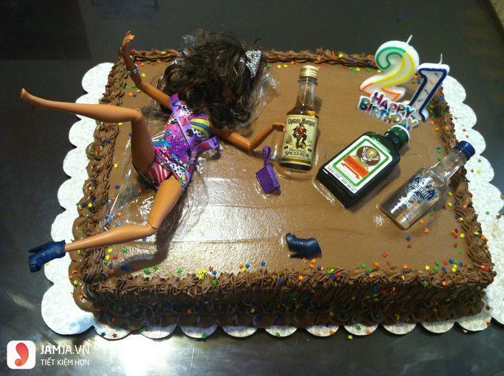 bánh sinh nhật buồn cười bựa