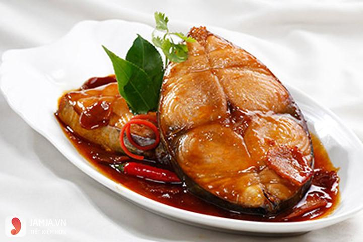 Cá kho nước cốt dừa-