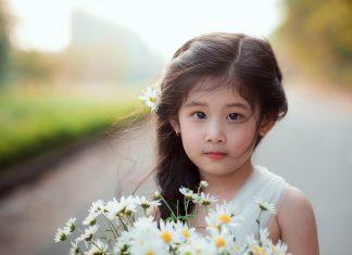 Các kiểu cột tóc cho bé gái
