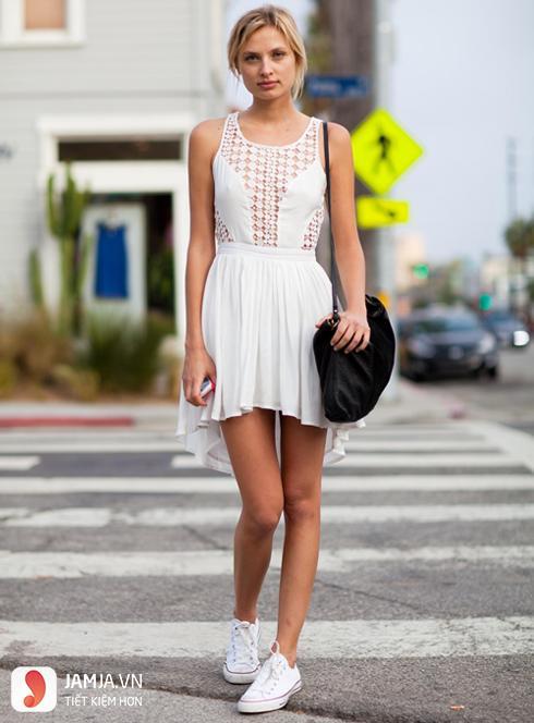 cách kết hợp giày thể thao với váy 8