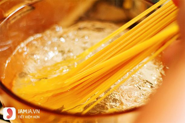 cách làm mì spaghetti sốt thịt bò-4