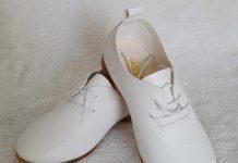 cách làm sạch giầy da trắng 7