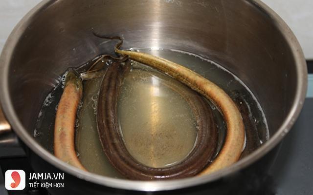 cách nấu cháo lươn với đậu xanh-4