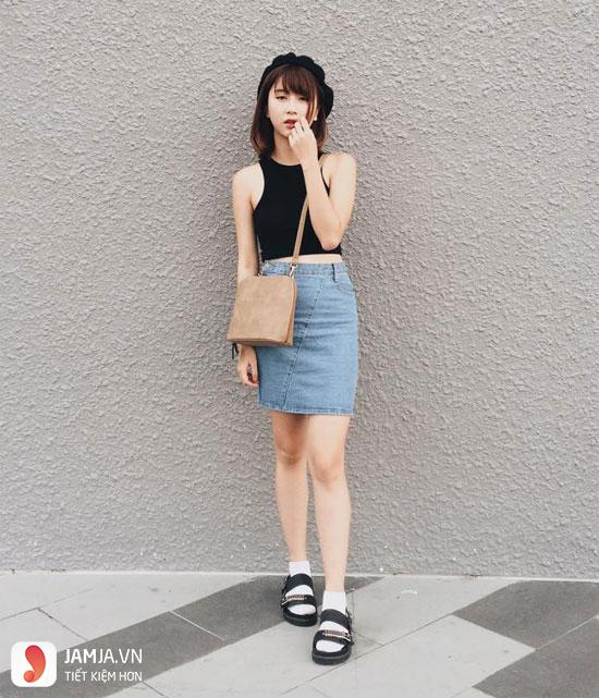 Chân váy ôm kết hợp với Áo croptop trẻ trung năng động