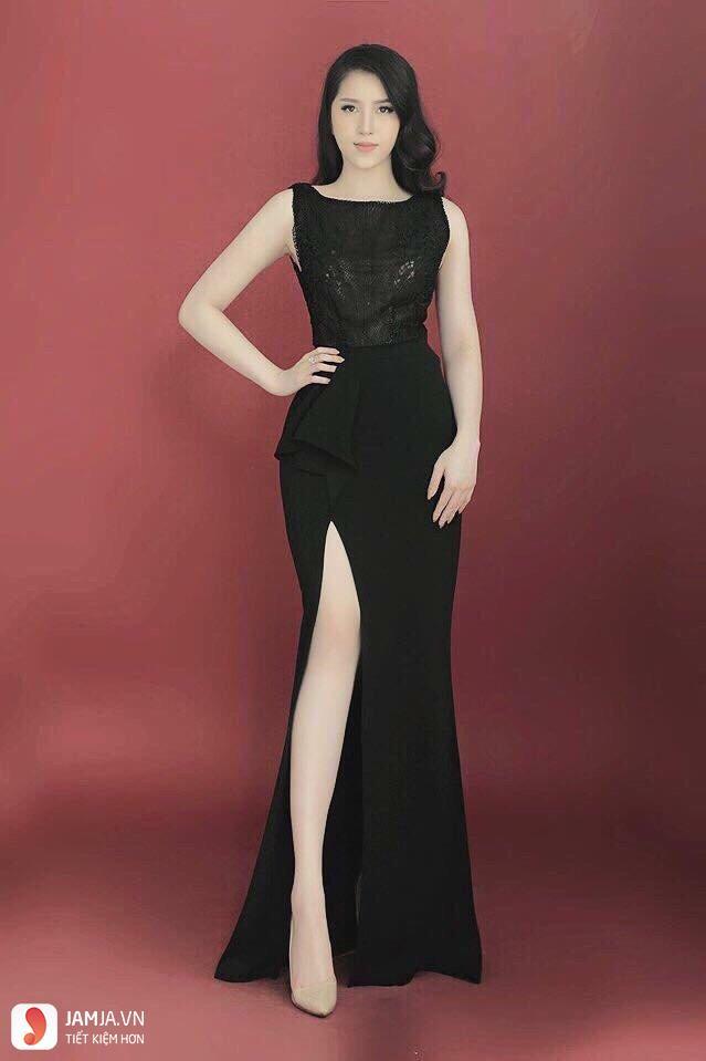 Đầm dài xẻ tà