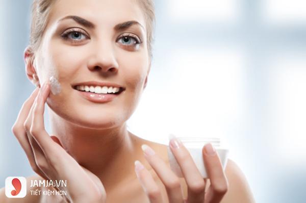 kem dưỡng ẩm toàn thân cho da khô 1
