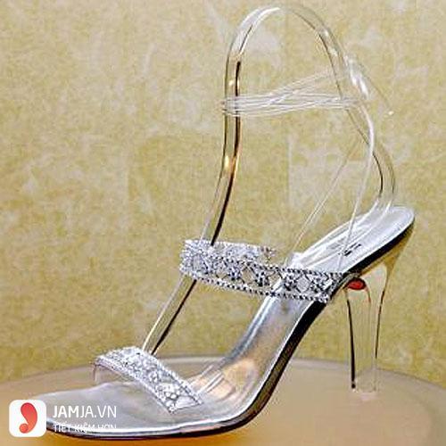 những đôi giày cao gót đẹp nhất thế giới-Cinderella Slipper