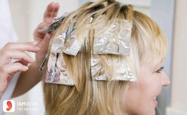nhuộm tóc màu nâu vàng ánh rêu 9