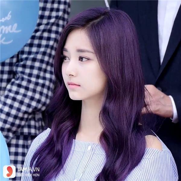 Các mẫu tóc nhuộm màu tím trầm đẹp7